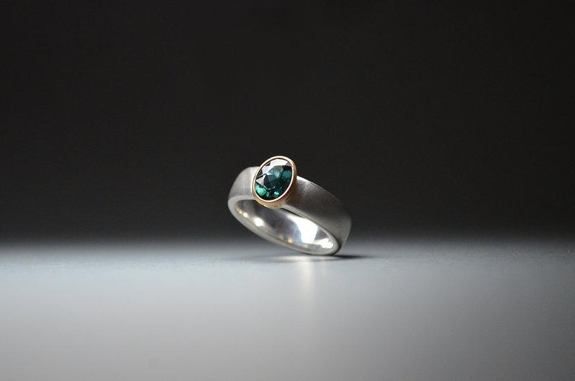 Ring blaugrüner Turmalin