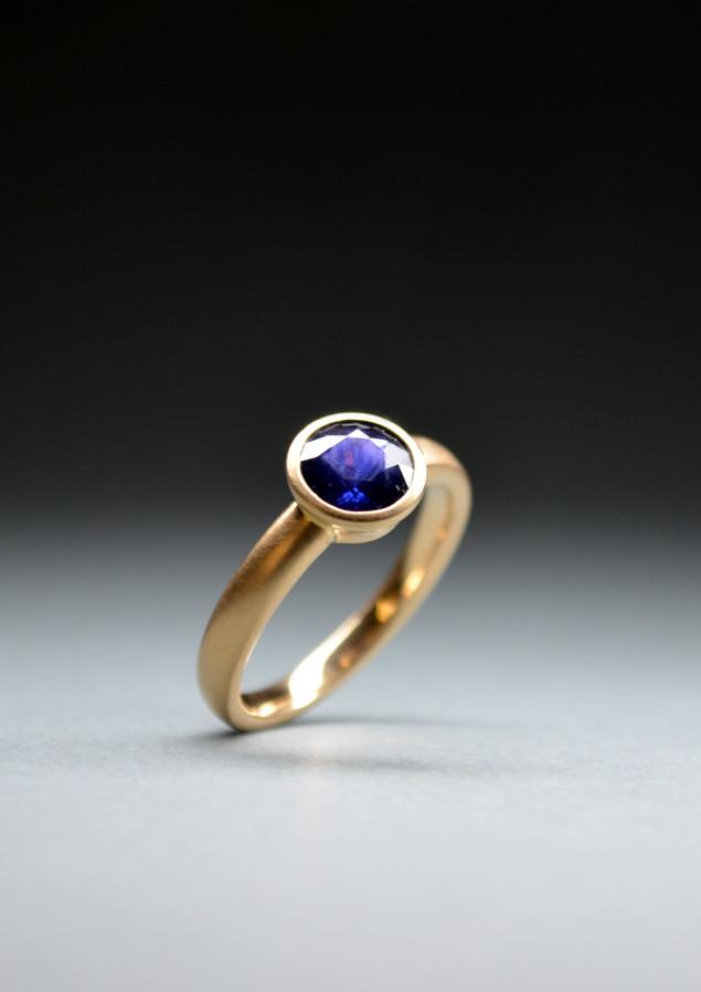 Ring Saphir