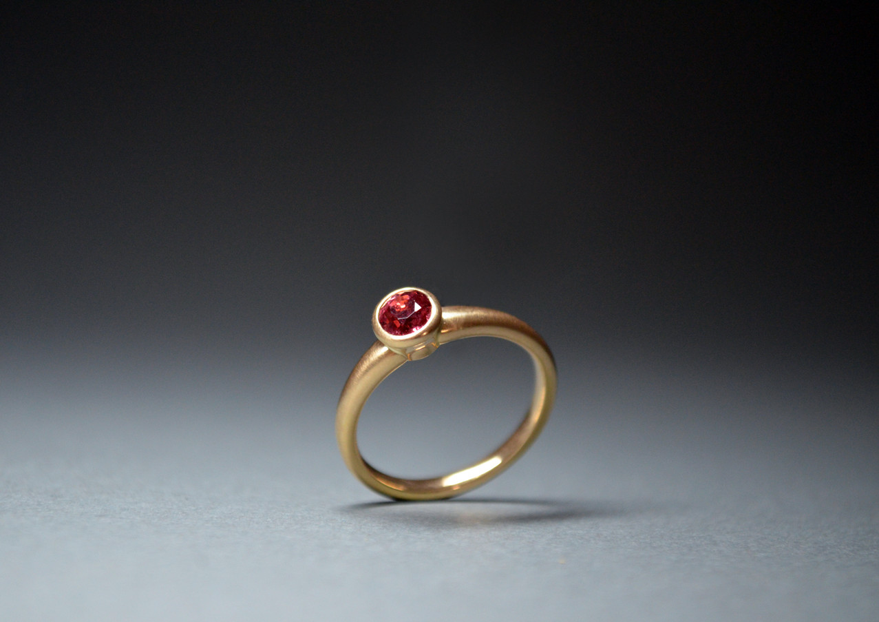 Ring spinel