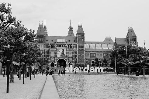 universities%20amsterdam_edited.jpg