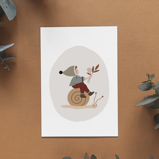 SI-photo-1---Léo-l'escargot---157x109---photo-carte-postale-automne-escargot-lutin-illustr