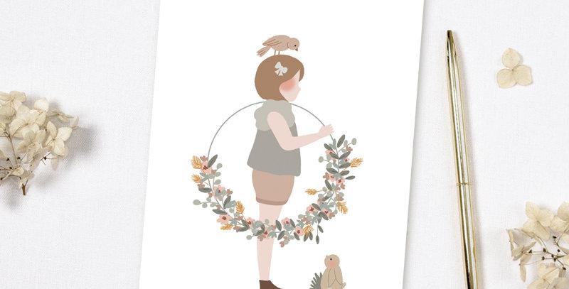 Carte postale - Post card - La petite fille à la couronne