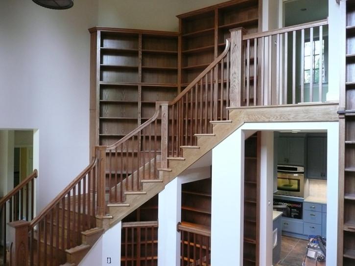 StairwBuilt-ins.jpeg
