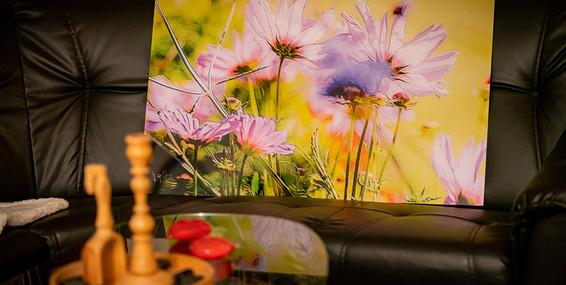 flowersonsofa.jpg