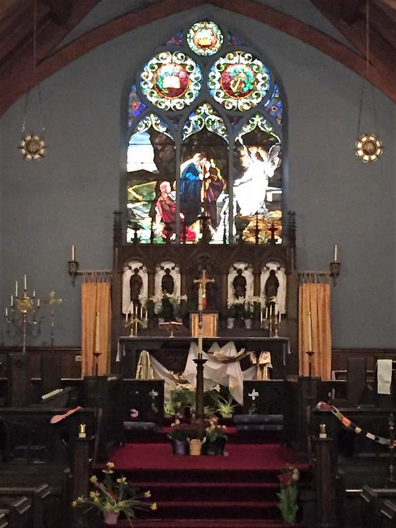 Altar - Easter - Website.jpg