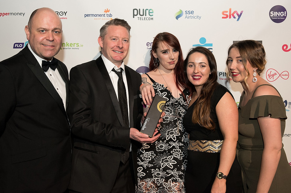 Pictured at the 2018 bonkers.ie National Consumer Awards in Dublin's Mansion House are the winners of the award for Best Broadband (with or without landline) - Pure Telecom (L-R, bonkers.ie Managing Director David Kerr alongside members of the Pure Telecom team, Keith Berigan, Anita Walshe, Val McNevin and Claire Delaney). Photo by Mel Maclaine