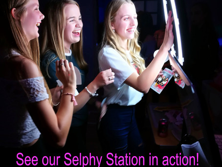 When you want to remember your party..Remember Our Selphy Station!🥇