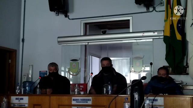 Manoelão indigna-se com RECUSA do Executivo em aceitar encaminhamento de verba para o Hospital.