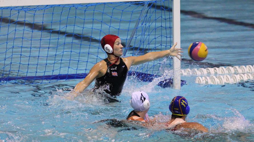 rosie_morris_eight_tips_goalkeeper_water