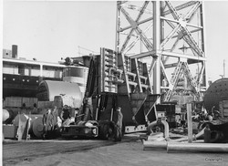 K220 Dockside