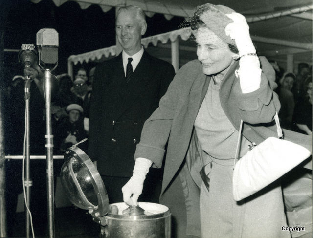 HMS Walrus Launch 1959