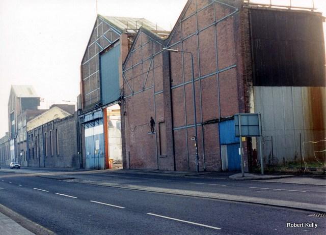 Kincaids East Hamilton St demolition 1994 Main St view