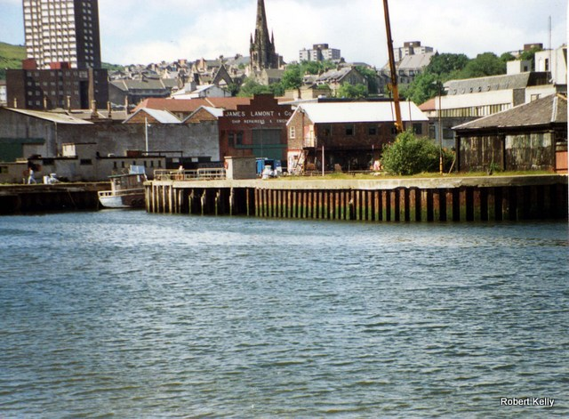 Lamonts entrance to dock 1989