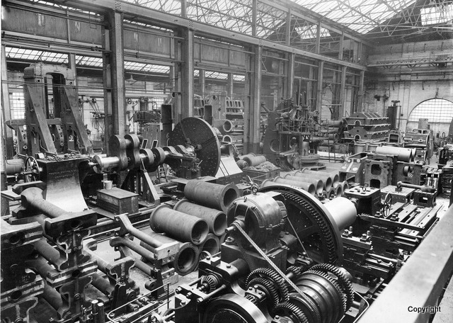 Engine components in K shop  1939 tor 40