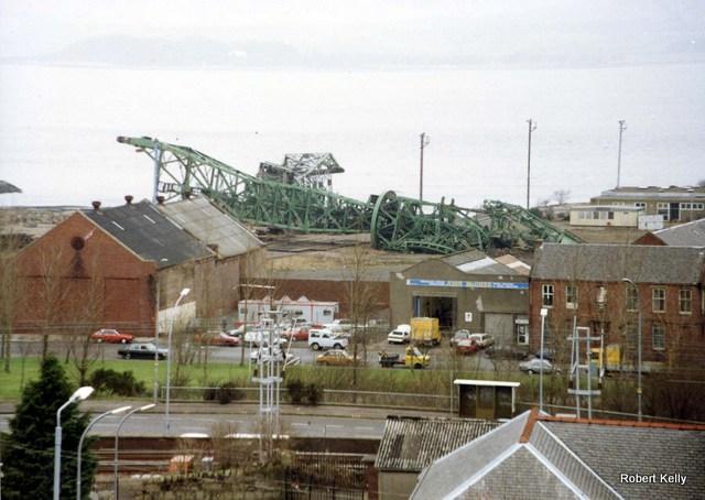 Kingston 1992 Slipway cranes demolished