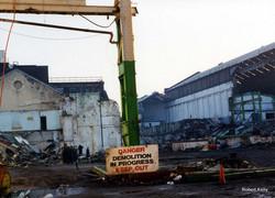 Kincaids East Hamilton St 1994 demolition sign
