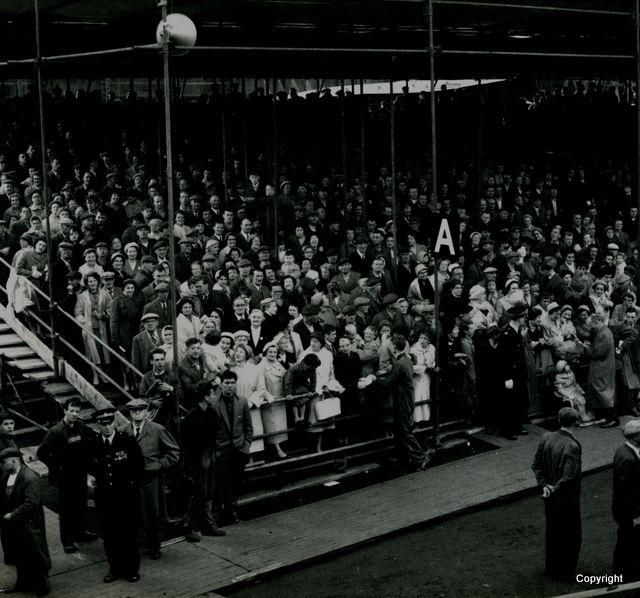 HMS Walrus Launch 1959 edit 2