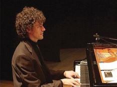 Roberto Olzer