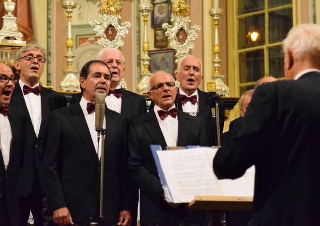 Coro Andolla 6.JPG