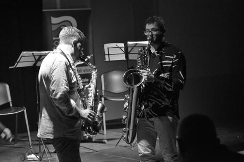 Micheli e Brutti giù dal palco.JPG