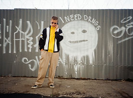 fashion-graffiti-man-1292119.jpg