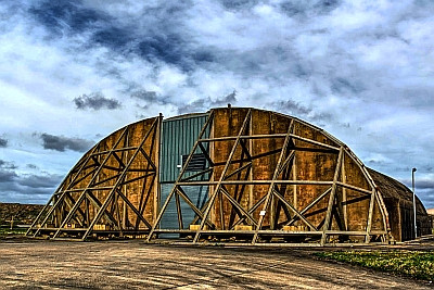 download for free Audio Ease - RAF aircraft hangar (ALTiVERB)