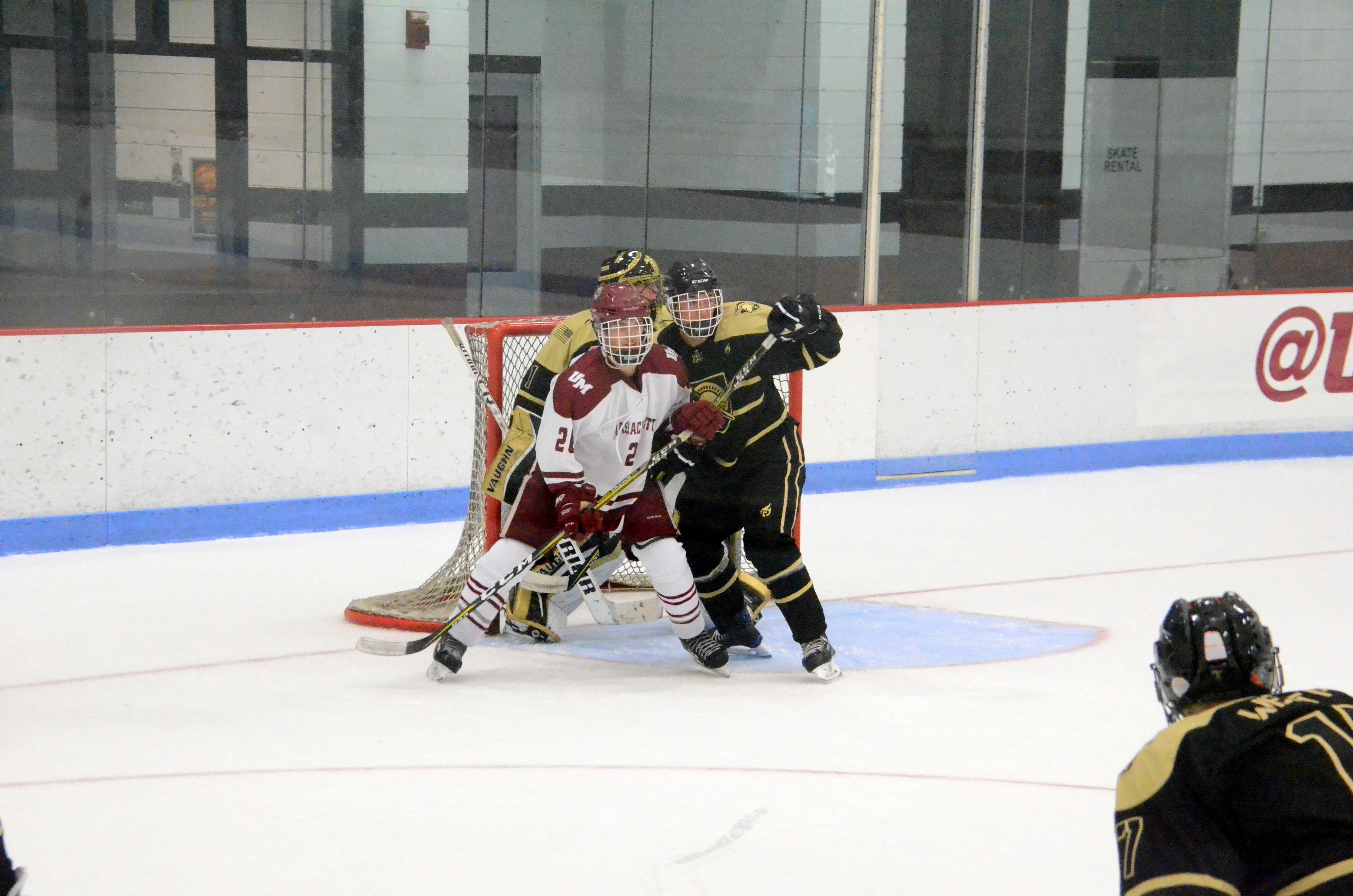 180921 UMass Hockey-044
