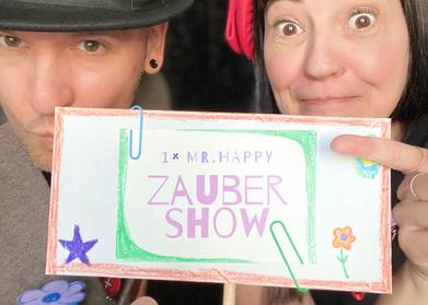 Mr Happy Zaubershow für Kinder.jpg