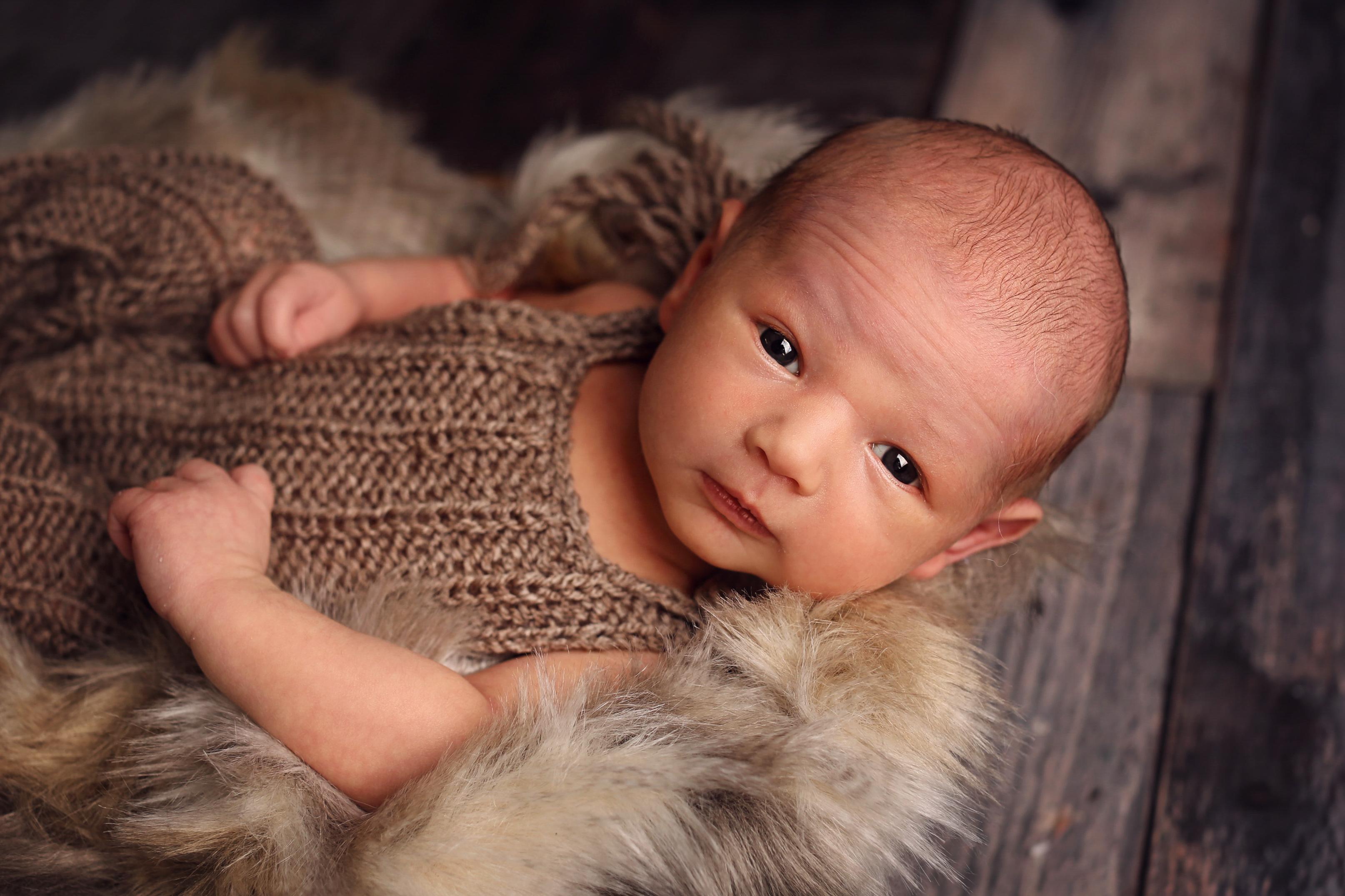 Hugo Newborn-3