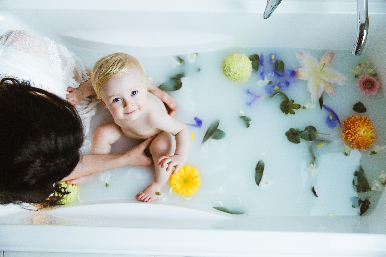Hendrix Milk Bath-1
