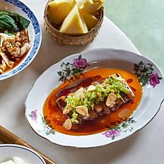 Caramalized Pork Belly with Morning Glory 越南焦糖猪肚跟水菠菜