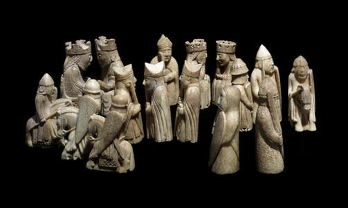 """Pièces du jeu dit """"de Lewis"""", XIIe, Londres, British Museum."""