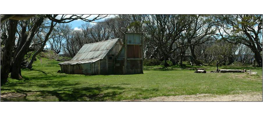 Wallaces Hut (0121)