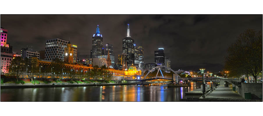 Melbourne Night (0107)