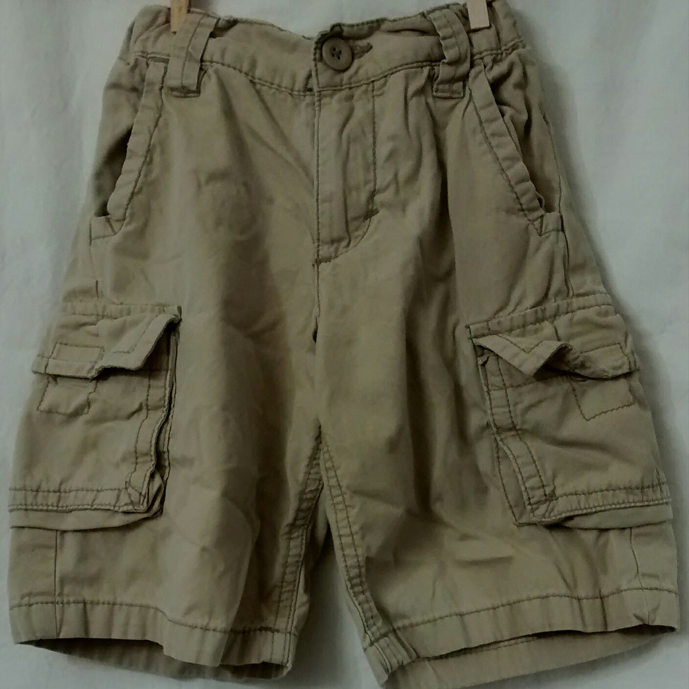 top fashion cheap sale temperament shoes 5T OLD NAVY khaki cargo shorts | simplypreloved