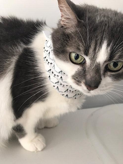 Foulard pour chats motifs de visages