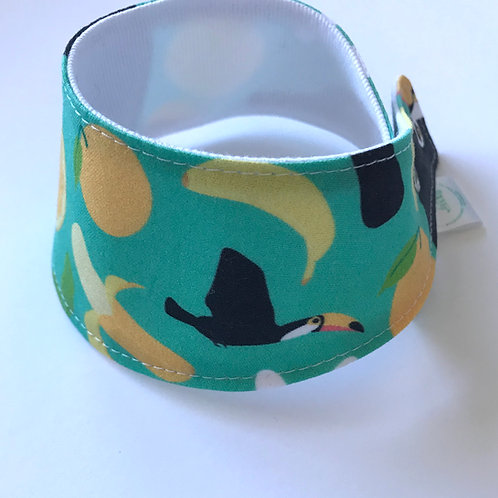 Foulard pour chats à motifs de toucans