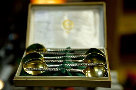 Набор чайных ложек В коробке, состояние отличное.  Вес 181 гр; 875проба