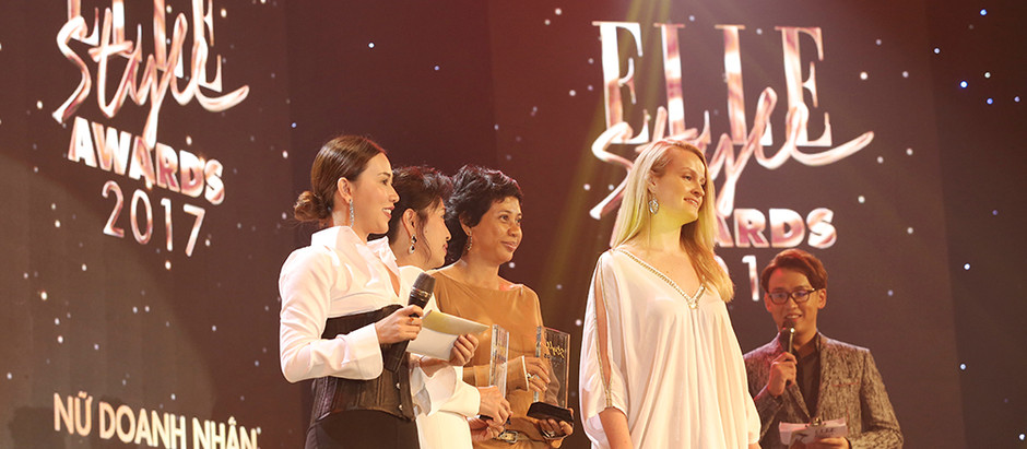 """ELLE """"Businesswoman Of The Year"""" award"""