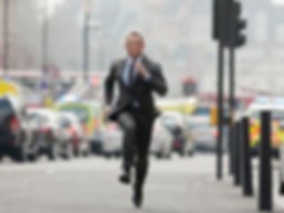 daniel craig running.jpg