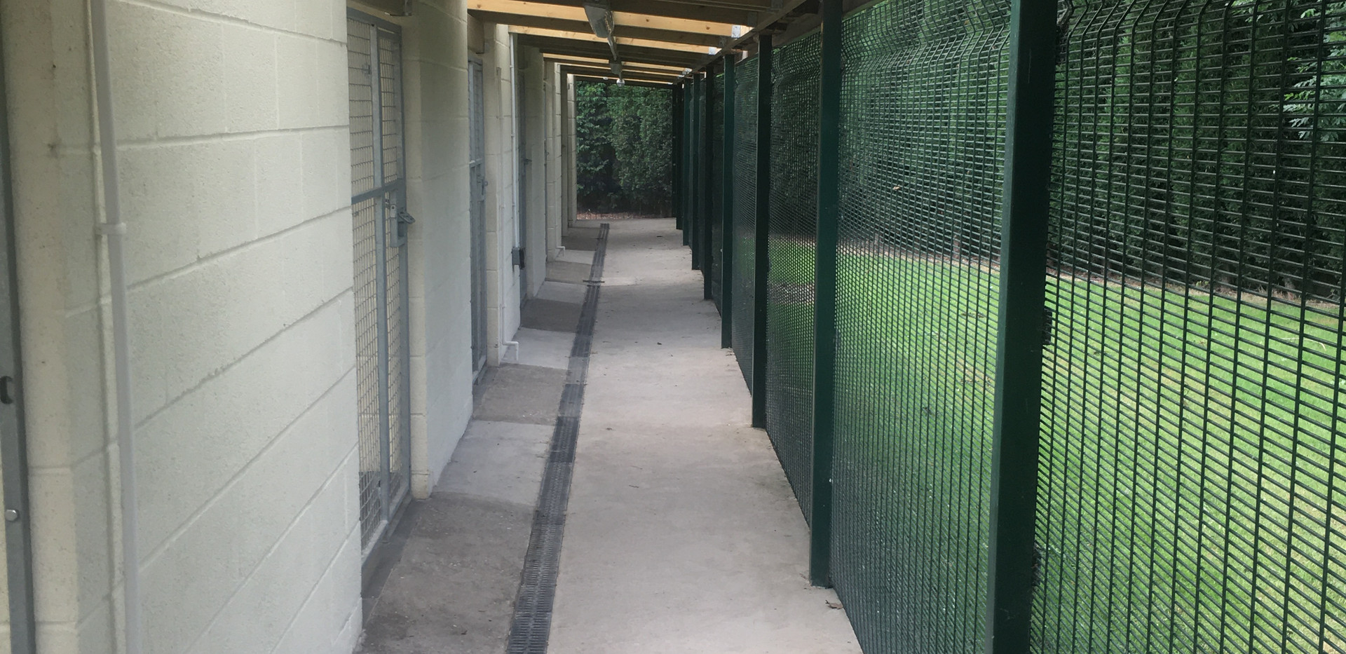 Outer Walkway