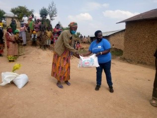 EMBRACE RWANDA CALMS RUHURURA & KIGEME PEOPLE STARVATION