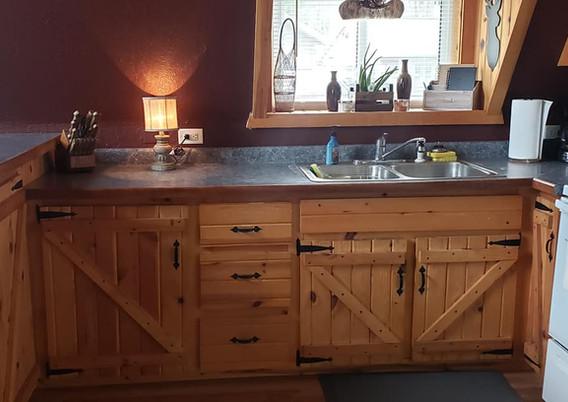 Cottage 2 Kitchen - Copy.jpg