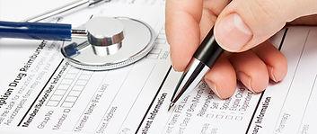 Lékařský formulář s stetoskop