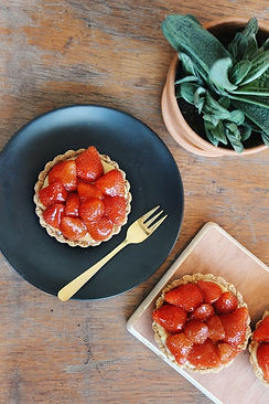 Vegan aardbeientaartjes.jpg