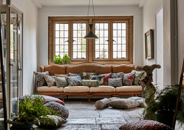 Morris_The Collector_July 2017_Cushions_