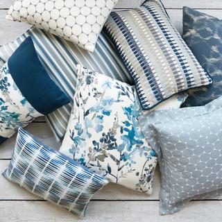 VN_Hana indigo Cushions_014.jpg