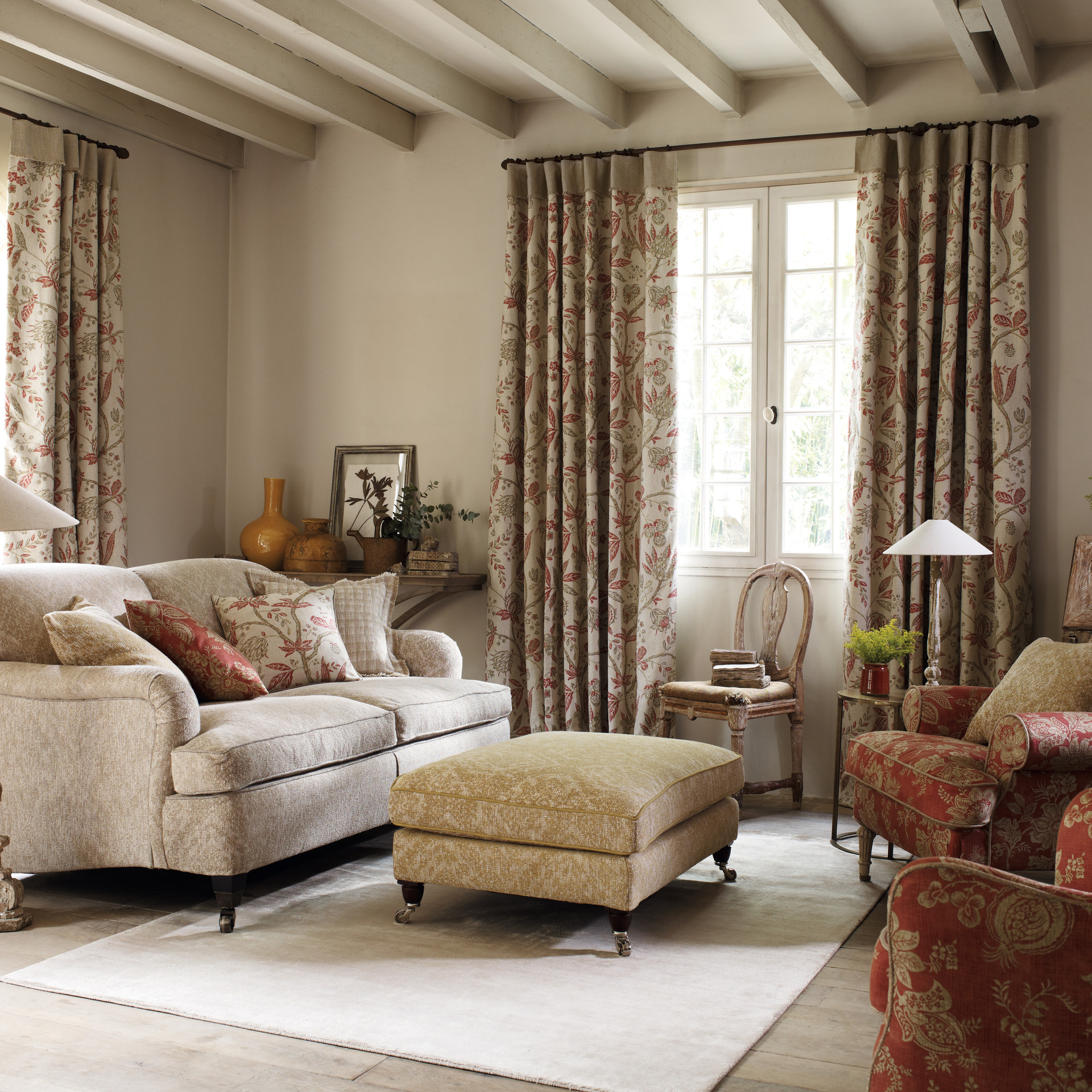 Solaine FB Living Room Main Landscape_LR