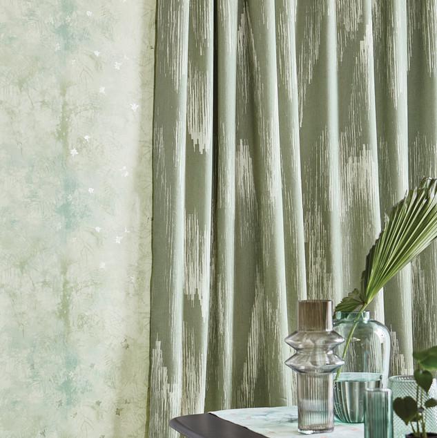 Ostara - Hibiscus Curtain