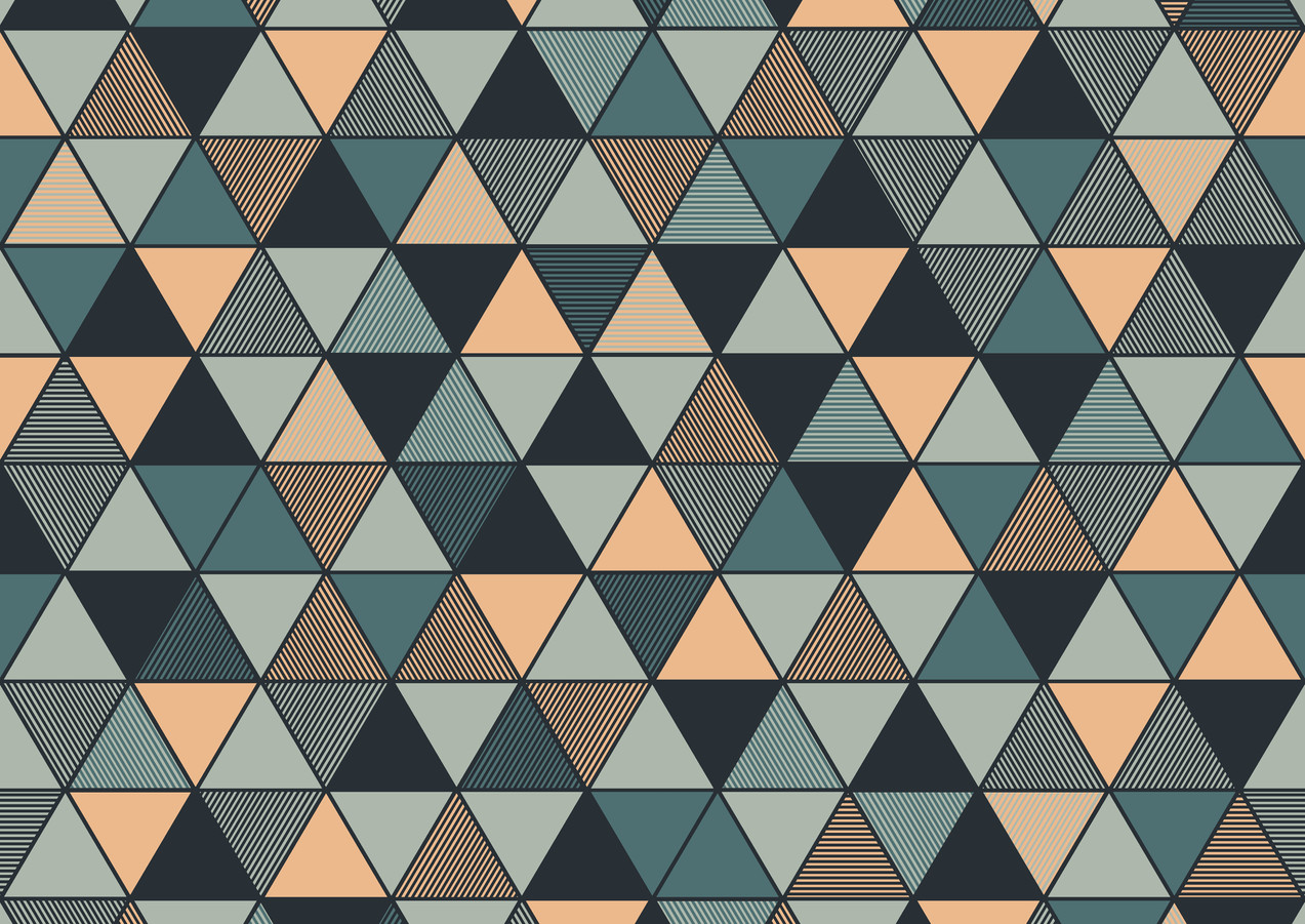 Triangular_Image_Flatshot_Item_8809.jpg